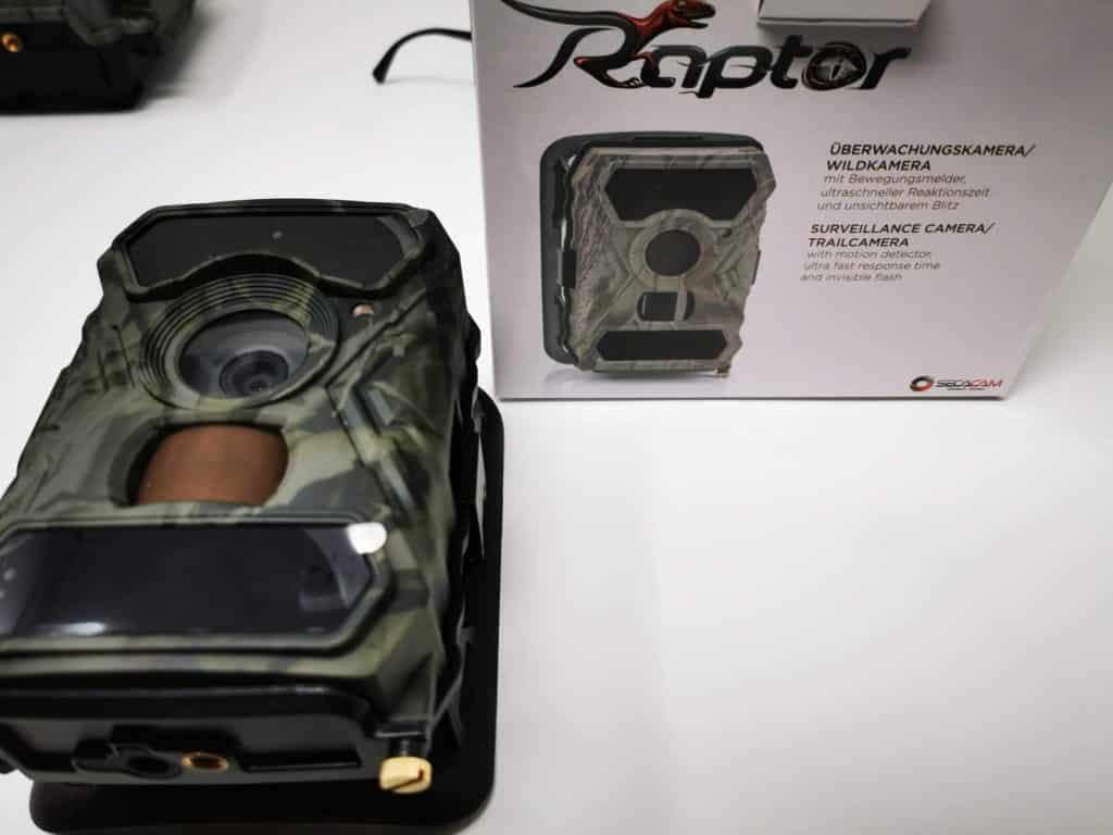 Secacam Raptor mit Verpackung
